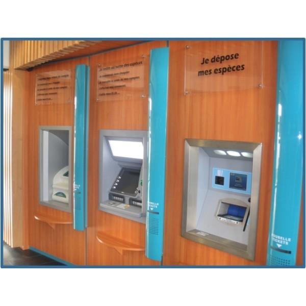 Cajas de ingresos 800 Europa