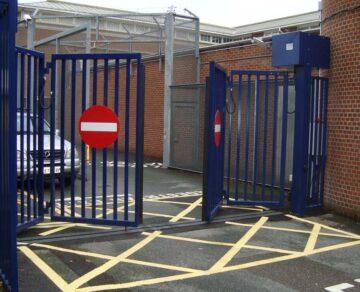 Puerta para acceso de vehículos Quick Folding Gate de Gunnebo