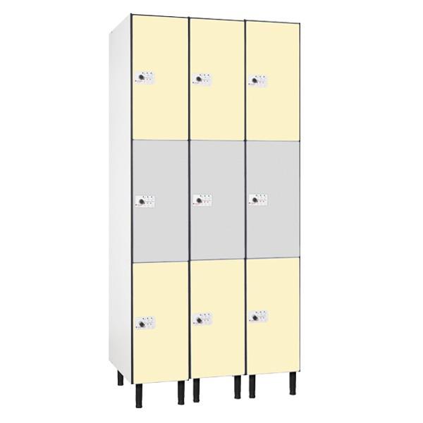Taquilla en compacmel y puertas fenólicas de 3 puertas CM, 3 columnas