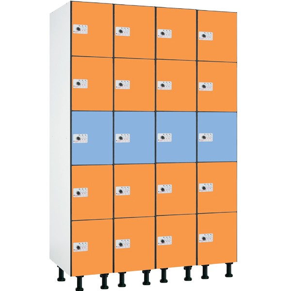 Taquilla en compacmel y puertas fenólicas de 5 puertas CP, 4 columnas