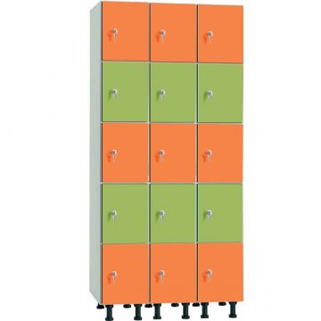 Taquilla en melamina hidrófuga y puertas fenólicas de 5 puertas MHFP, 3 columnas